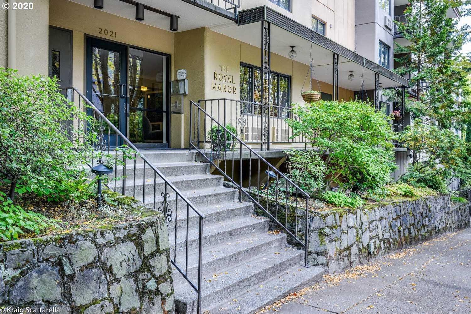 $219,900 - 1Br/1Ba - for Sale in Goose Hollow Foothills, Portland