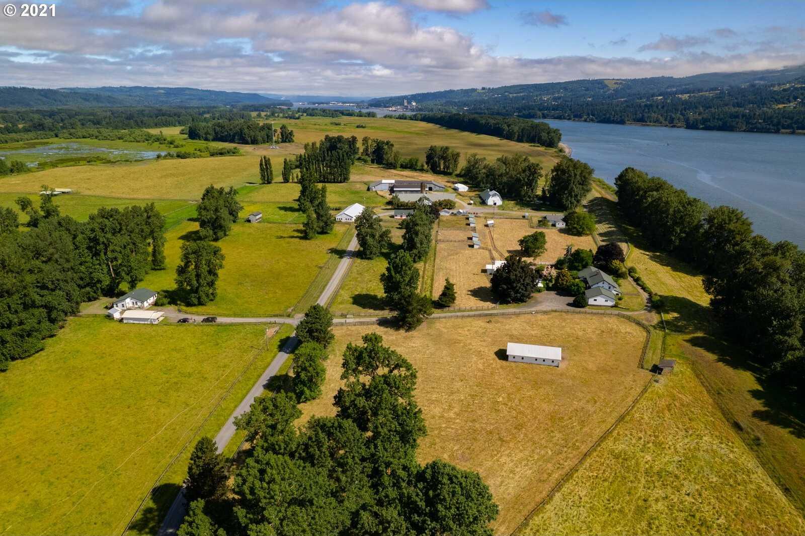 $12,295,000 - 8Br/5Ba -  for Sale in Deer Island