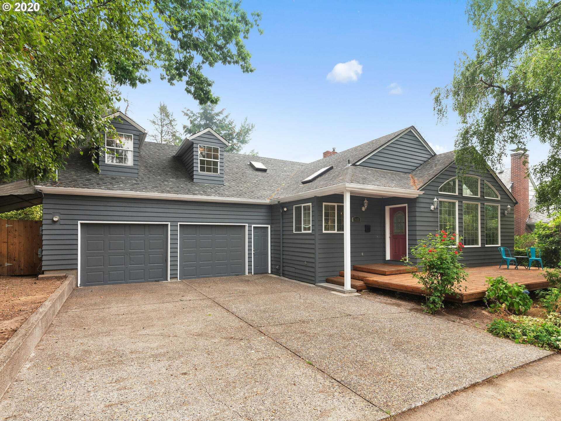 $619,000 - 5Br/2Ba - for Sale in Hillsdale/multnomah Village, Portland