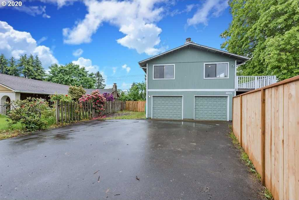 $390,000 - 3Br/3Ba - for Sale in Mcminnville