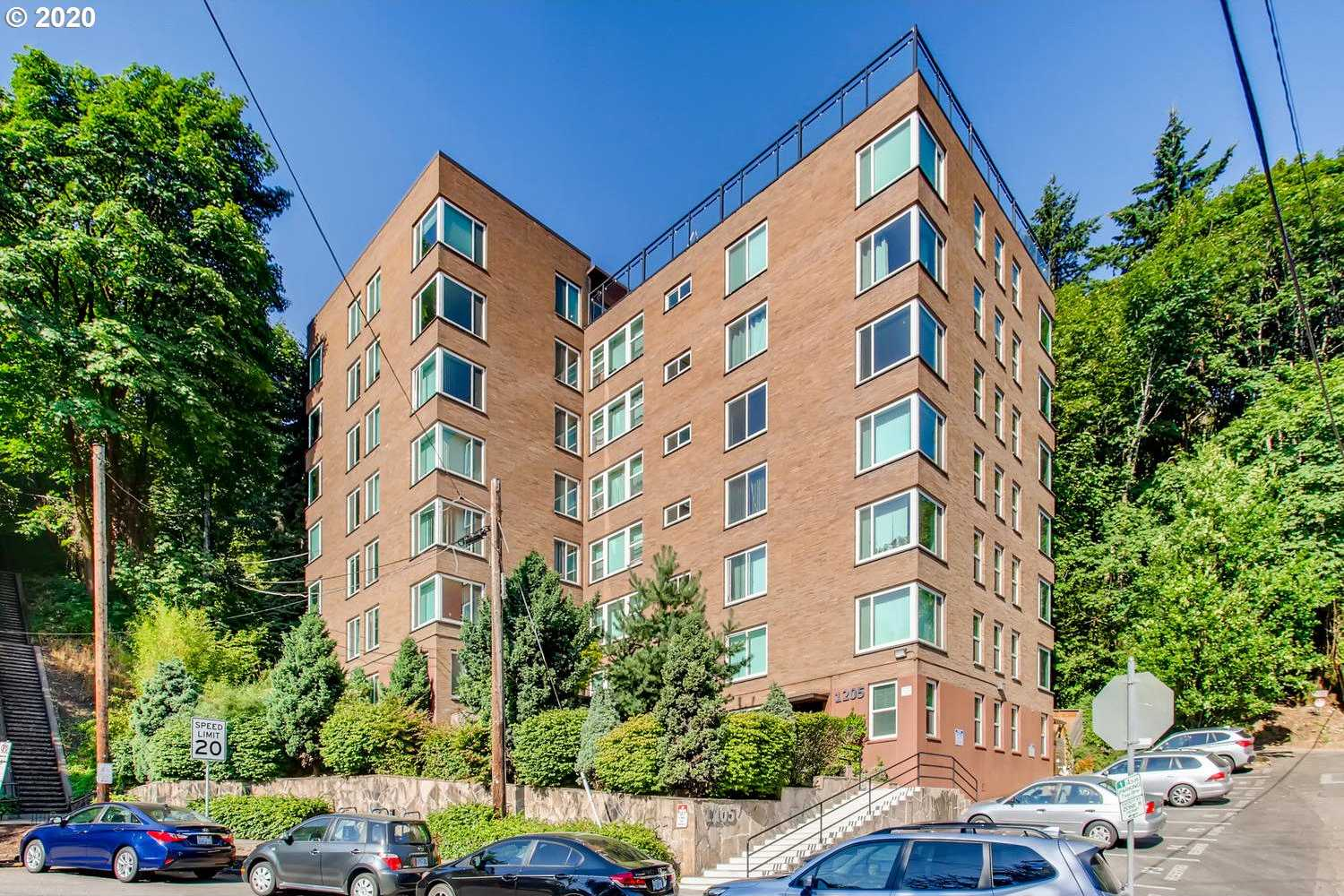 $219,900 - 1Br/1Ba - for Sale in Cardinell View Lofts, Portland