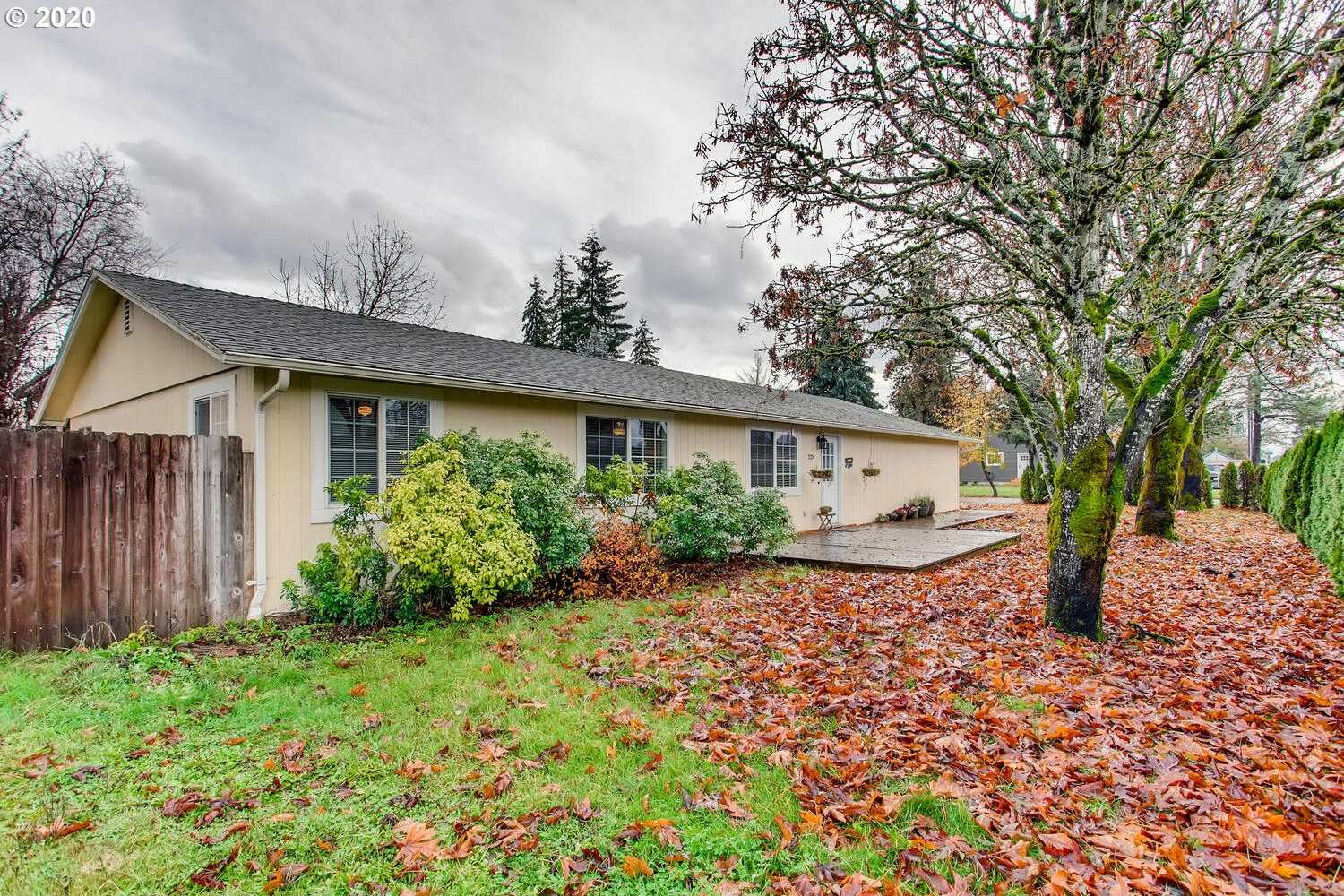 $315,000 - 3Br/2Ba -  for Sale in Yamhill