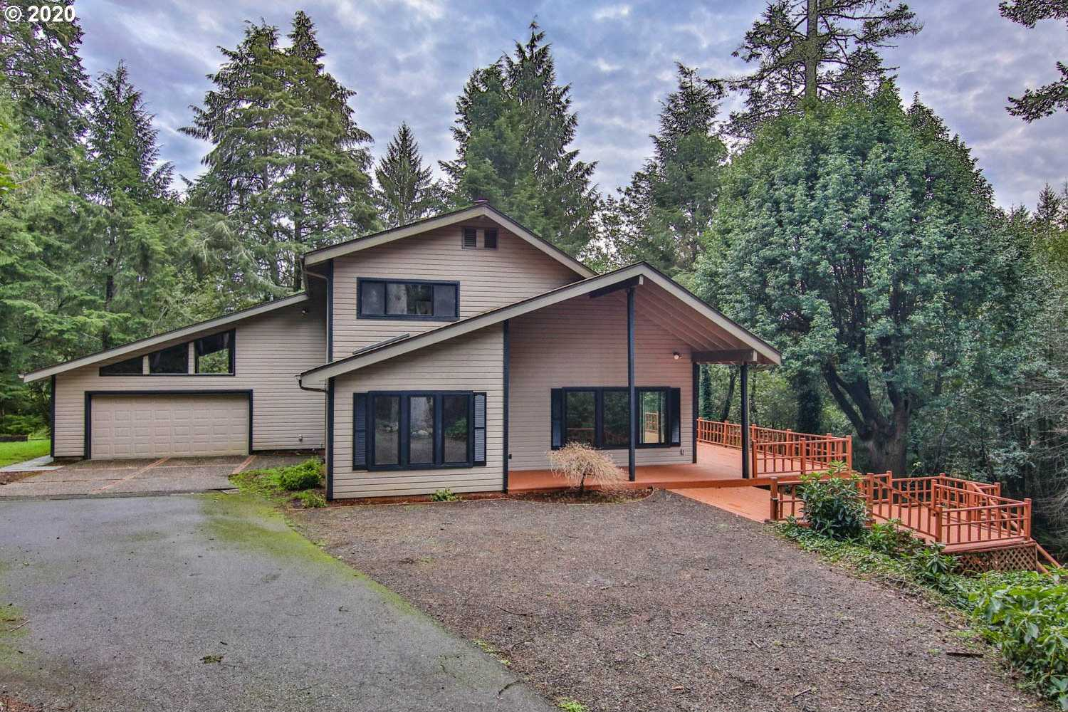 $425,000 - 3Br/3Ba -  for Sale in Coos Bay