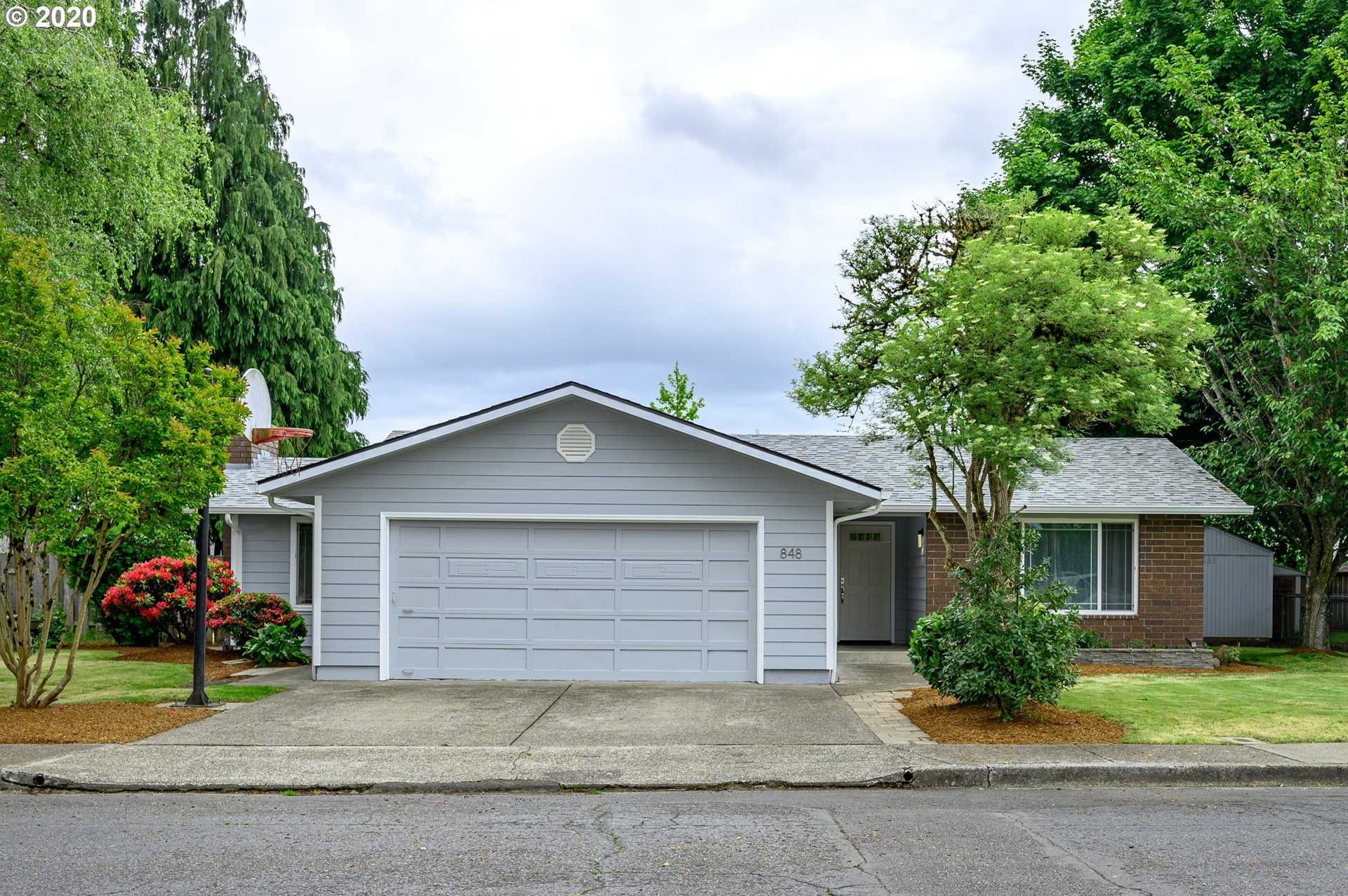 $349,000 - 3Br/3Ba - for Sale in Mcminnville