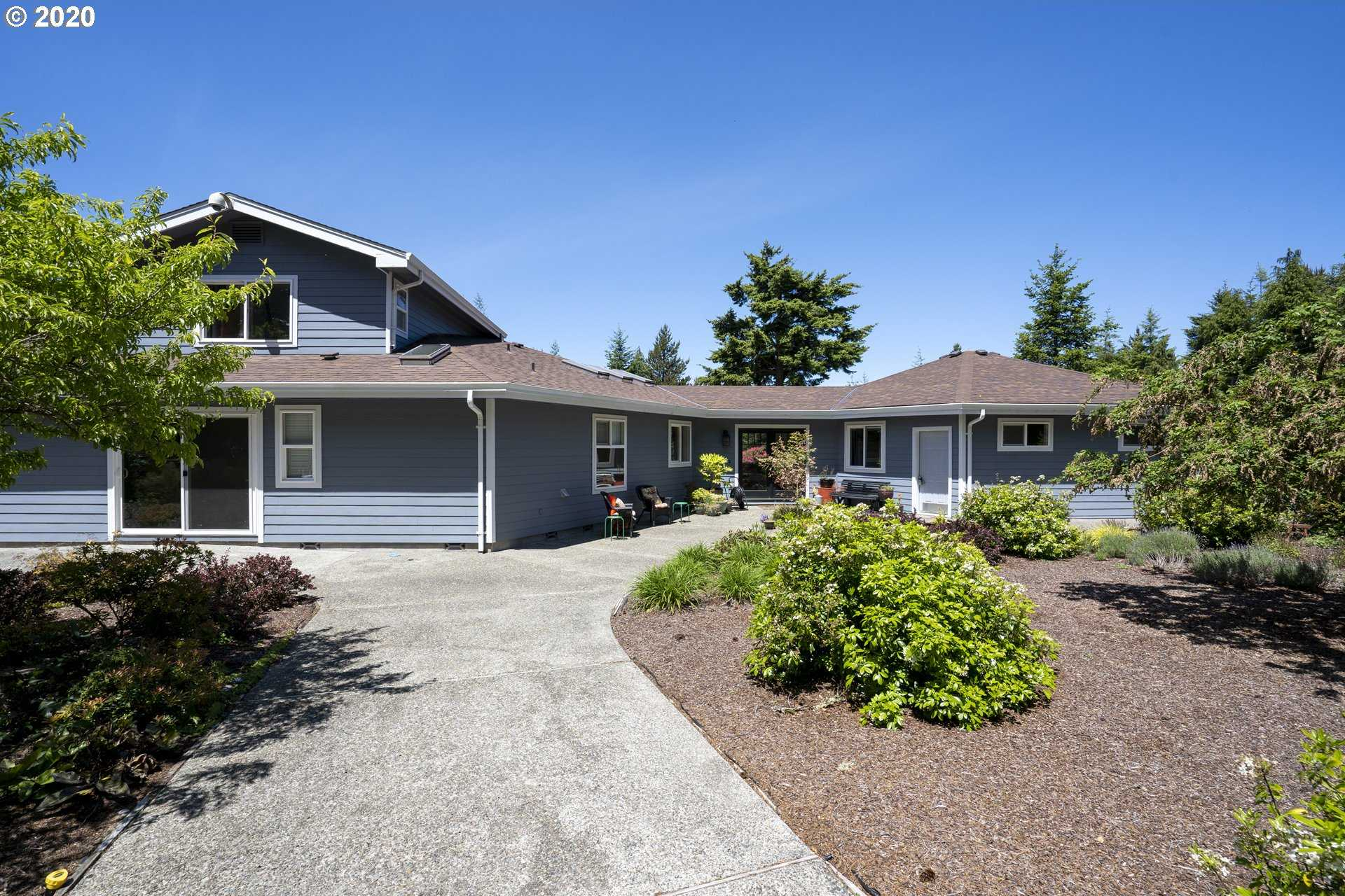 $598,000 - 3Br/4Ba -  for Sale in Coos Bay