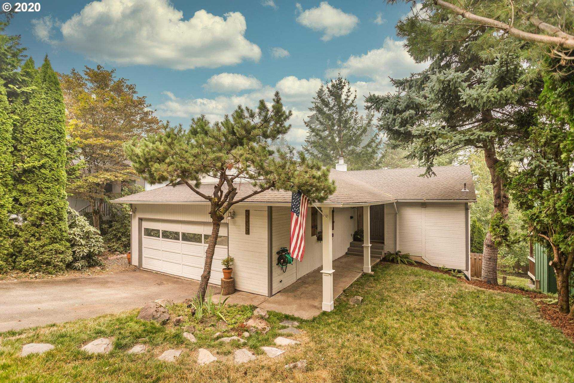 $514,999 - 3Br/2Ba - for Sale in Portland