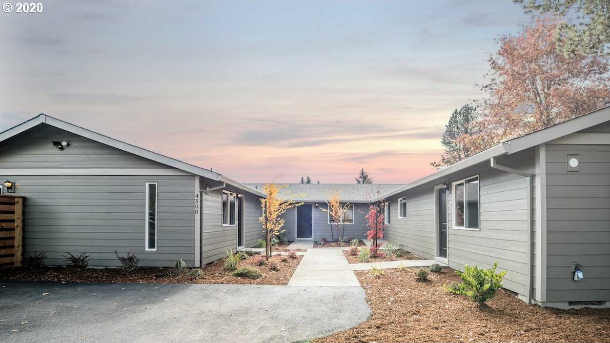 $1,600,000 - 18Br/9Ba -  for Sale in Hillsboro