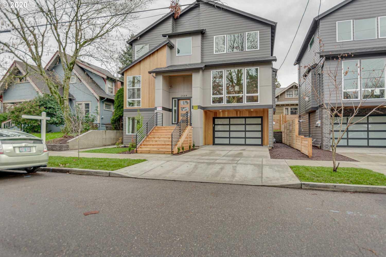 $949,950 - 4Br/4Ba - for Sale in Division/clinton, Portland