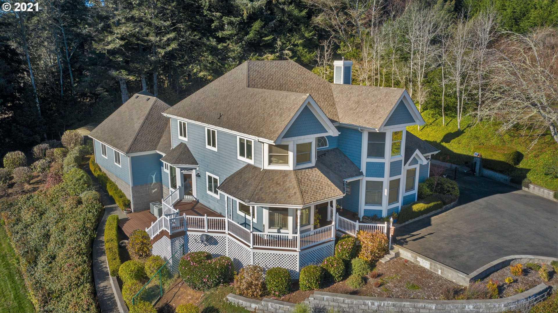 $895,111 - 5Br/4Ba -  for Sale in North Bend