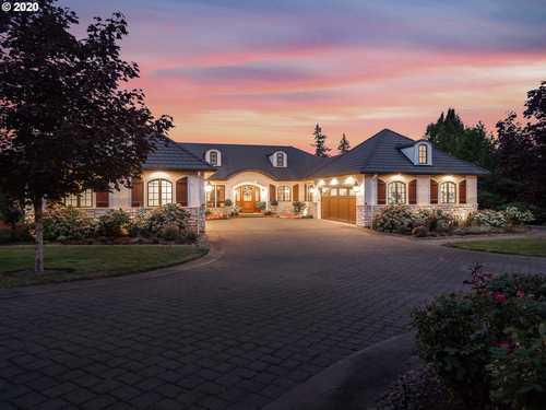 $3,000,000 - 4Br/7Ba -  for Sale in Skylands, Lake Oswego