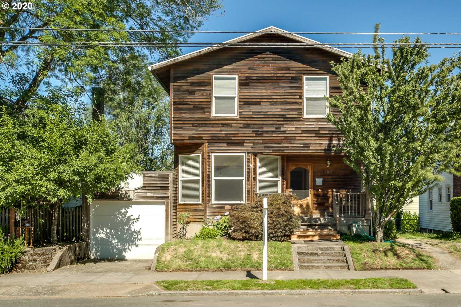 $500,000 - 5Br/2Ba - for Sale in Portland