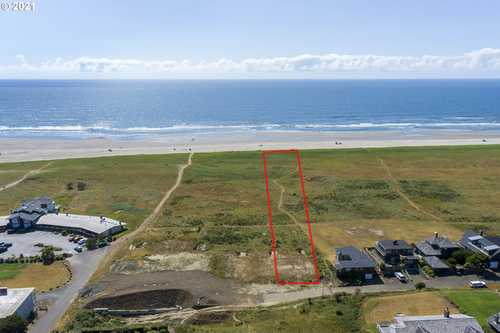 $2,500,000 - 3Br/4Ba -  for Sale in Palisades, Gearhart