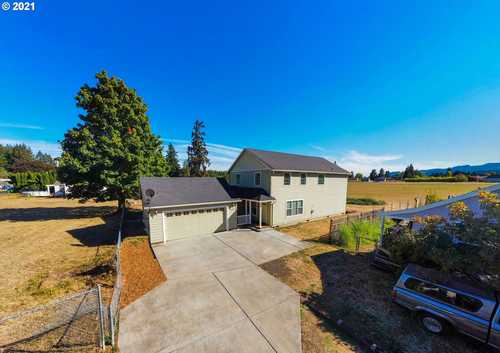 $475,000 - 4Br/3Ba -  for Sale in Scappoose