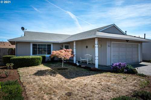 $440,000 - 2Br/2Ba -  for Sale in Summerfield, Tigard