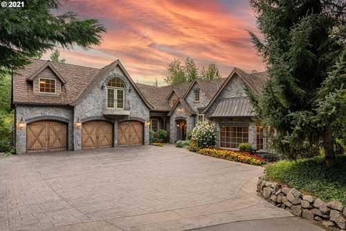 $3,699,000 - 6Br/6Ba -  for Sale in Lake Oswego