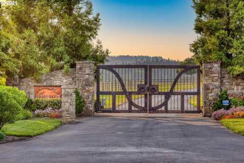 $19,500,000 - 5Br/7Ba -  for Sale in Wilsonville