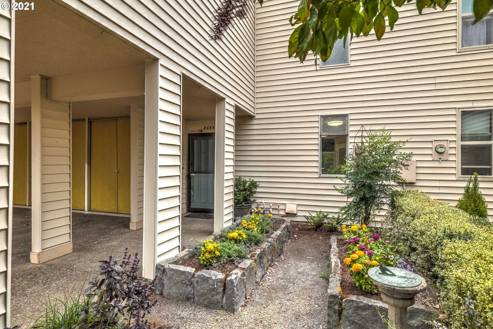 $460,000 - 3Br/3Ba -  for Sale in Tualatin