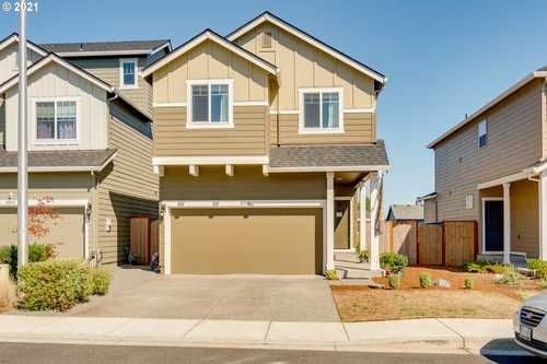 $435,000 - 4Br/3Ba -  for Sale in South Fork, Scappoose