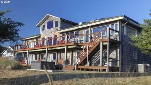 $2,695,000 - 8Br/6Ba -  for Sale in Waldport