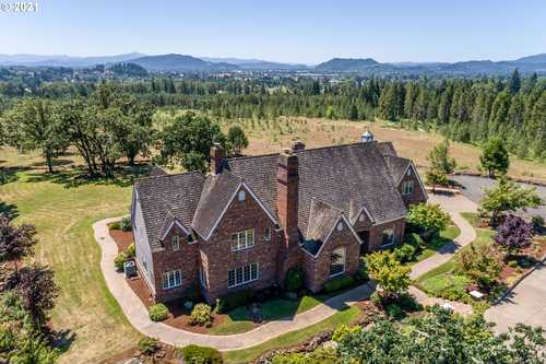 $2,495,000 - 4Br/5Ba -  for Sale in Springfield