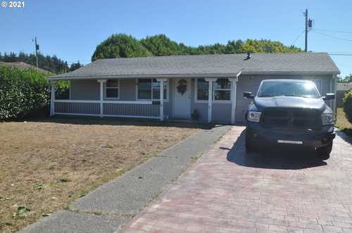 $245,000 - 2Br/1Ba -  for Sale in Coos Bay