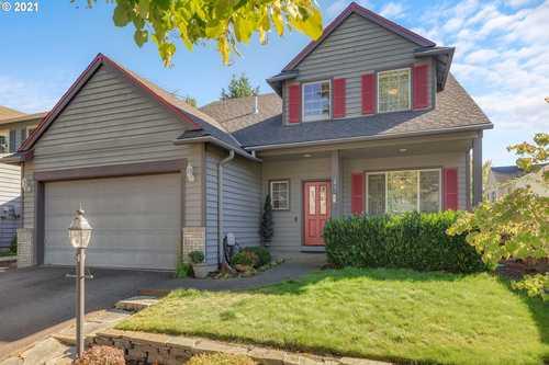 $625,000 - 4Br/3Ba -  for Sale in Hillsboro