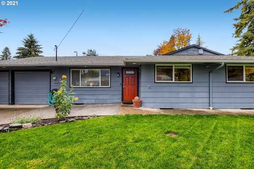 $479,900 - 3Br/1Ba -  for Sale in Milwaukie