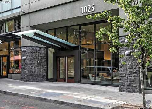 $1,045,000 - 2Br/2Ba -  for Sale in Henry / Pearl District, Portland