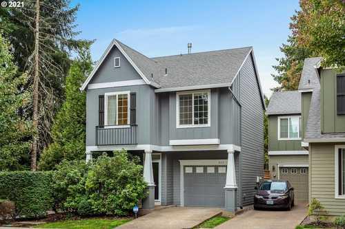 $435,000 - 3Br/3Ba -  for Sale in Hillsboro