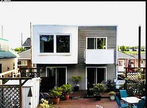 $429,000 - 2Br/3Ba -  for Sale in Jantzen Beach Moorage, Portland