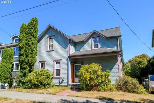 $240,000 - 4Br/1Ba -  for Sale in Coos Bay