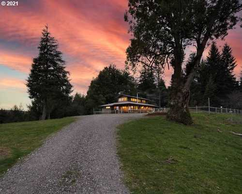 $3,550,000 - 3Br/2Ba -  for Sale in Coquille
