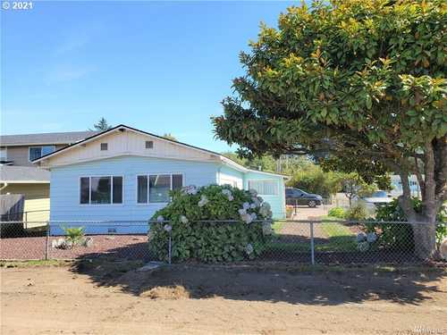 $239,900 - 3Br/2Ba -  for Sale in Long Beach