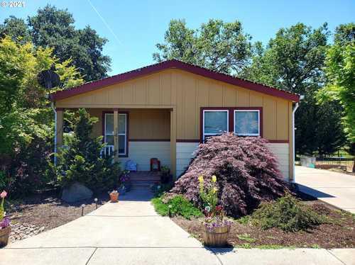 $245,000 - 3Br/2Ba -  for Sale in Myrtle Creek