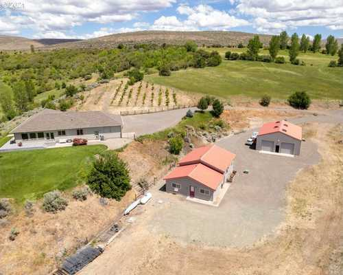 $2,249,000 - 3Br/2Ba -  for Sale in Richland