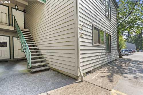 $245,000 - 2Br/2Ba -  for Sale in Schollsbridge Condominiums, Beaverton