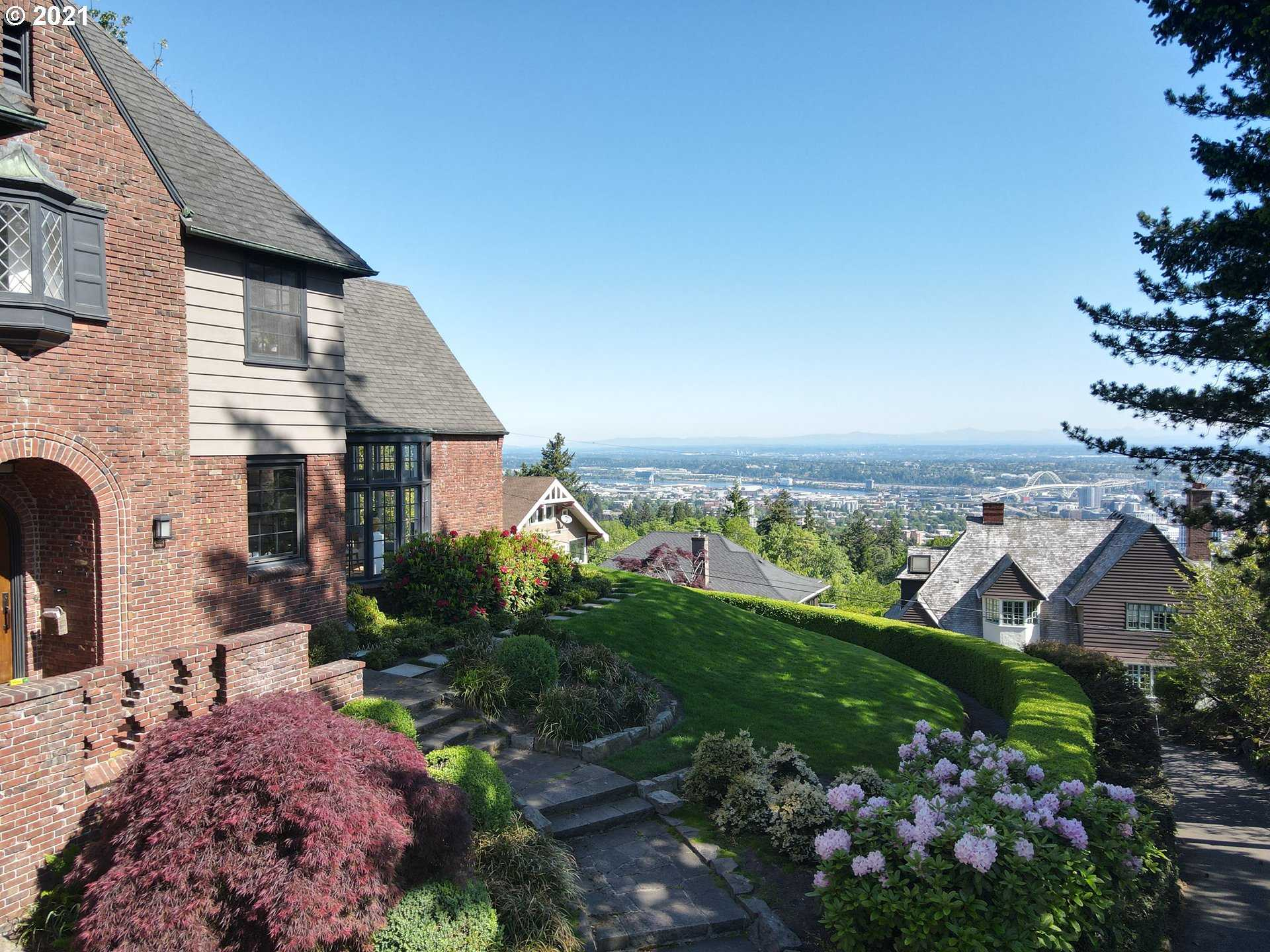 $2,999,000 - 4Br/5Ba -  for Sale in Portland Heights, West Hills, Portland