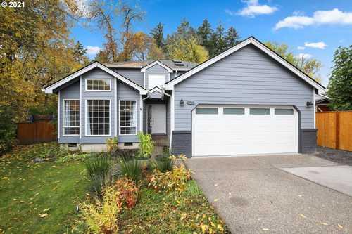 $620,000 - 3Br/3Ba -  for Sale in Beaverton