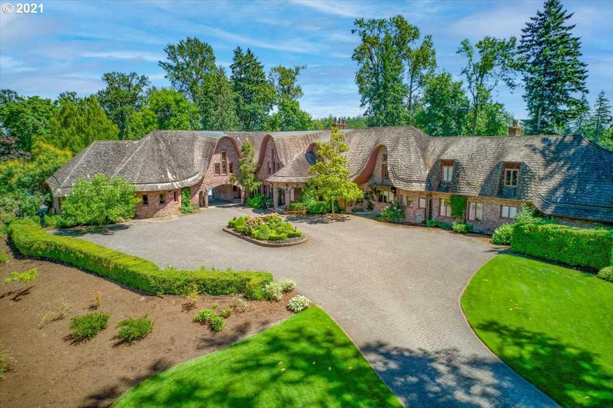 $5,489,000 - 5Br/7Ba -  for Sale in Willamete River Front, Wilsonville