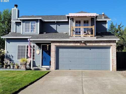 $434,500 - 3Br/3Ba -  for Sale in Meadowbrook Estates, Scappoose