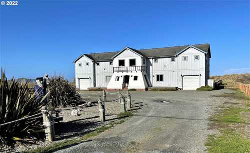 $1,800,000 - Br/Ba -  for Sale in Bandon