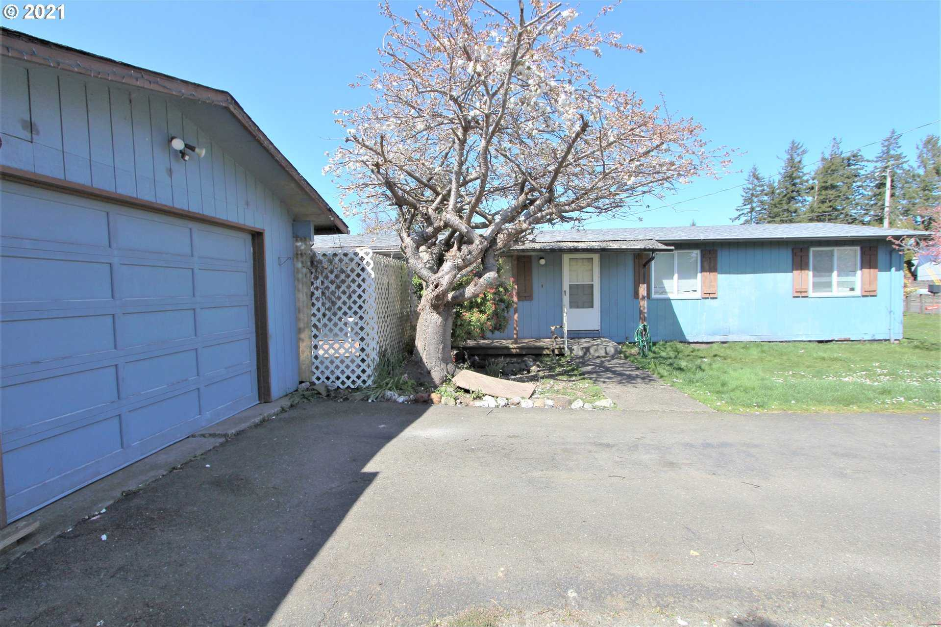 $250,000 - 3Br/2Ba -  for Sale in North Bend