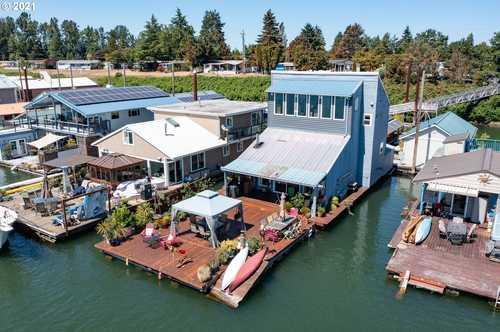$525,000 - 2Br/2Ba -  for Sale in Hayden Island / Jantzen Beach, Portland