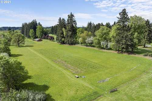 $8,000,000 - 3Br/2Ba -  for Sale in Tualatin