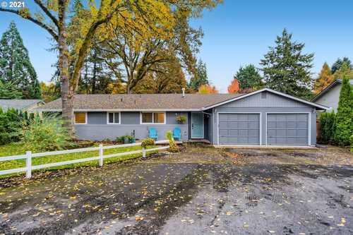 $725,000 - 3Br/3Ba -  for Sale in Across St From Park, Beaverton