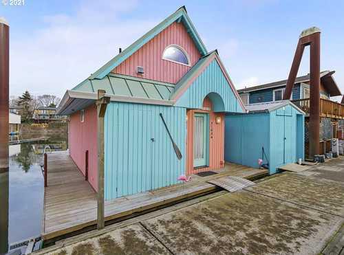 $239,900 - 1Br/1Ba -  for Sale in Hayden Island, Portland