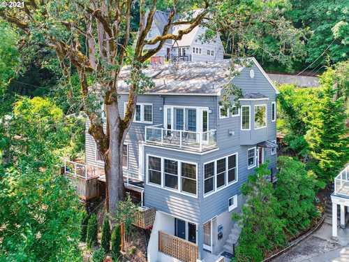 $1,090,000 - Br/Ba -  for Sale in Lair Hill/corbett, Portland