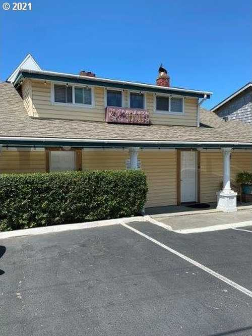 $1,200,000 - Br/Ba -  for Sale in Lincoln City