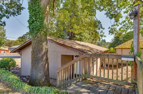 $300,000 - 3Br/1Ba -  for Sale in St. Helens