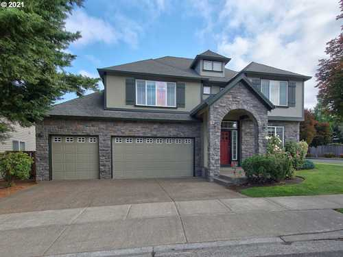 $809,000 - 4Br/3Ba -  for Sale in Portland